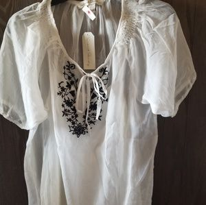 Tops - Black and White embroidered blouse
